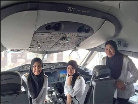 muslim women.jpg